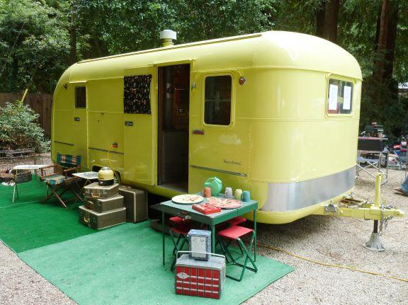 1950 vagabond trailer model 19. Black Bedroom Furniture Sets. Home Design Ideas