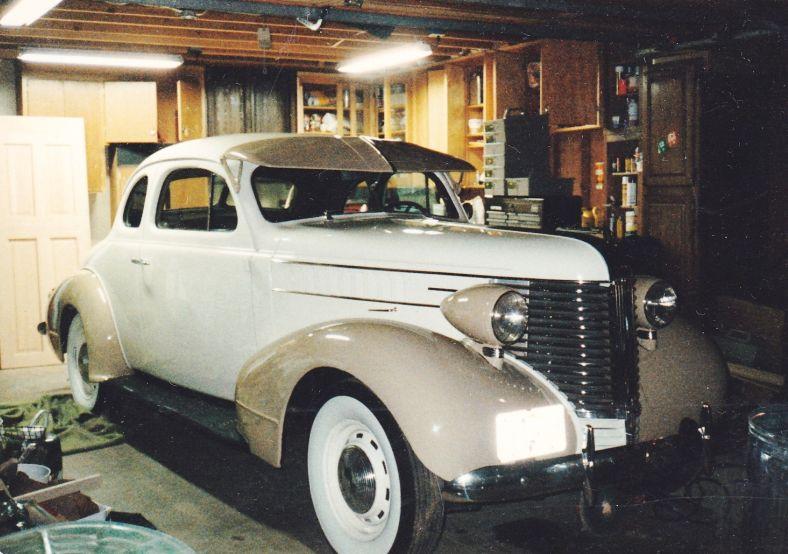 1938 Pontiac Business Coupe